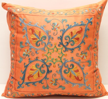 C87 Silk Suzani Cushion Cover