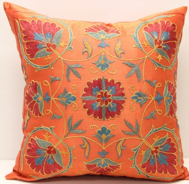C64 Silk Suzani Pillow Cover