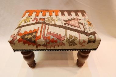 R4533 Small Kilim Footstool
