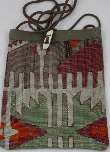 Turkish Hand woven Anatolian Kilim Hand Bags H38