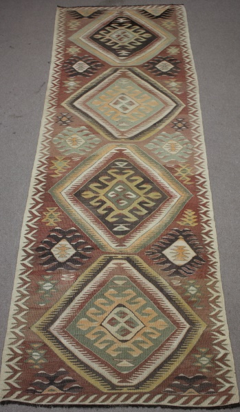 R8561 Turkish Kilim Rug Runner