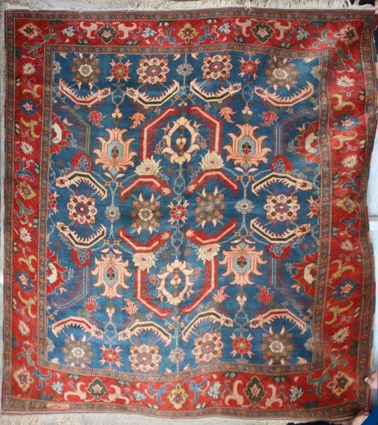 R5832 Turkish Ushak Carpet