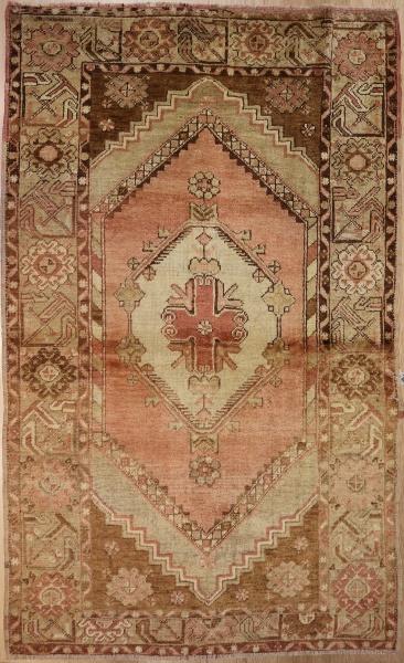 R4920 Vintage Anatolian Yoruk Rug