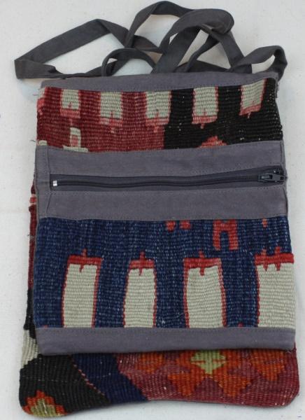 Vintage Kilim Handbag h16