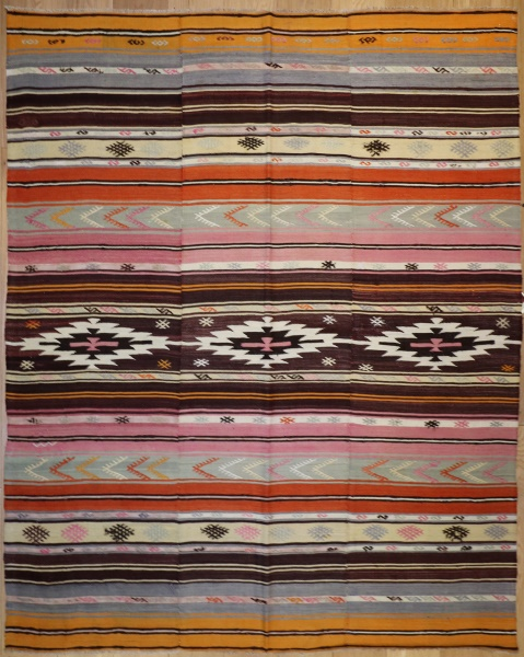 R4484 Vintage Kilim Rugs