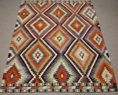 R8496 Vintage Kilim Rugs