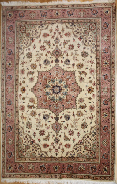 Vintage Persian Tabriz Carpet R7973