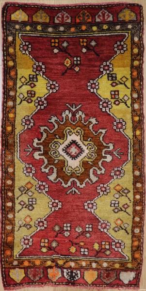 R7937 Vintage Small Turkish Rugs
