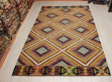 R9078 Vintage Turkish Cal Kilim Rugs