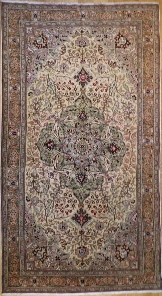 R3712 Vintage Turkish Carpet