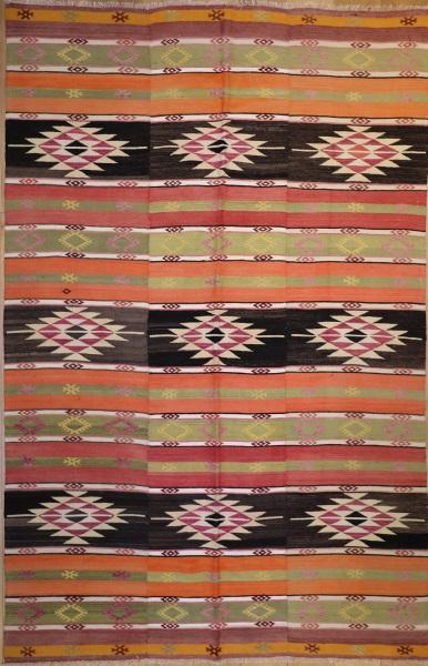 R7522 Vintage Turkish Kilim Rug