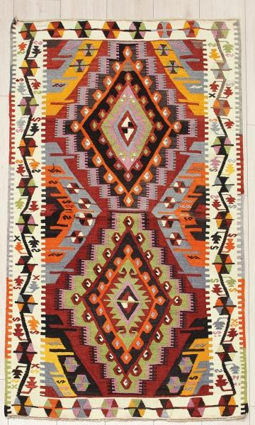 R8061 Vintage Turkish Kilim Rug