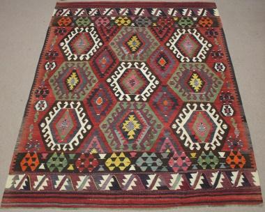 R8512 Vintage Turkish Kilim Rug