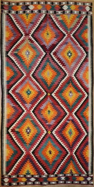 R8757 Vintage Turkish Kilim Rug