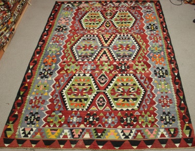 Vintage Turkish Kilim Rug R8725