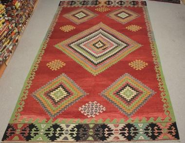 R8487 Vintage Turkish Kilim Rugs
