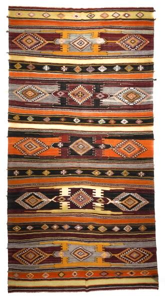 R7871 Vintage Turkish Kilim Rugs London UK
