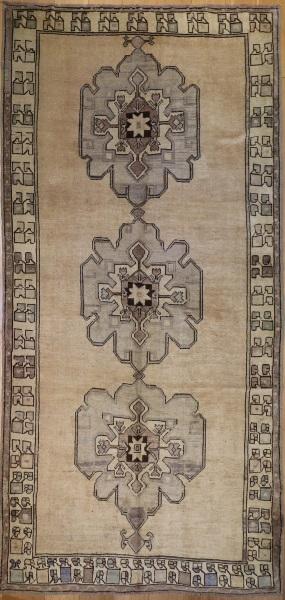 R3703 Vintage Ushak Turkish Carpet Runner