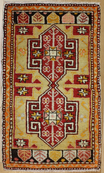 Wonderful Hand Woven Turkish Rug R7207