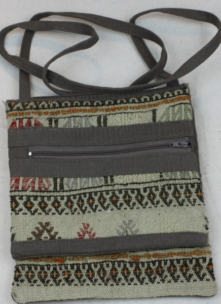 Wonderful Vintage Kilim Handbag H97
